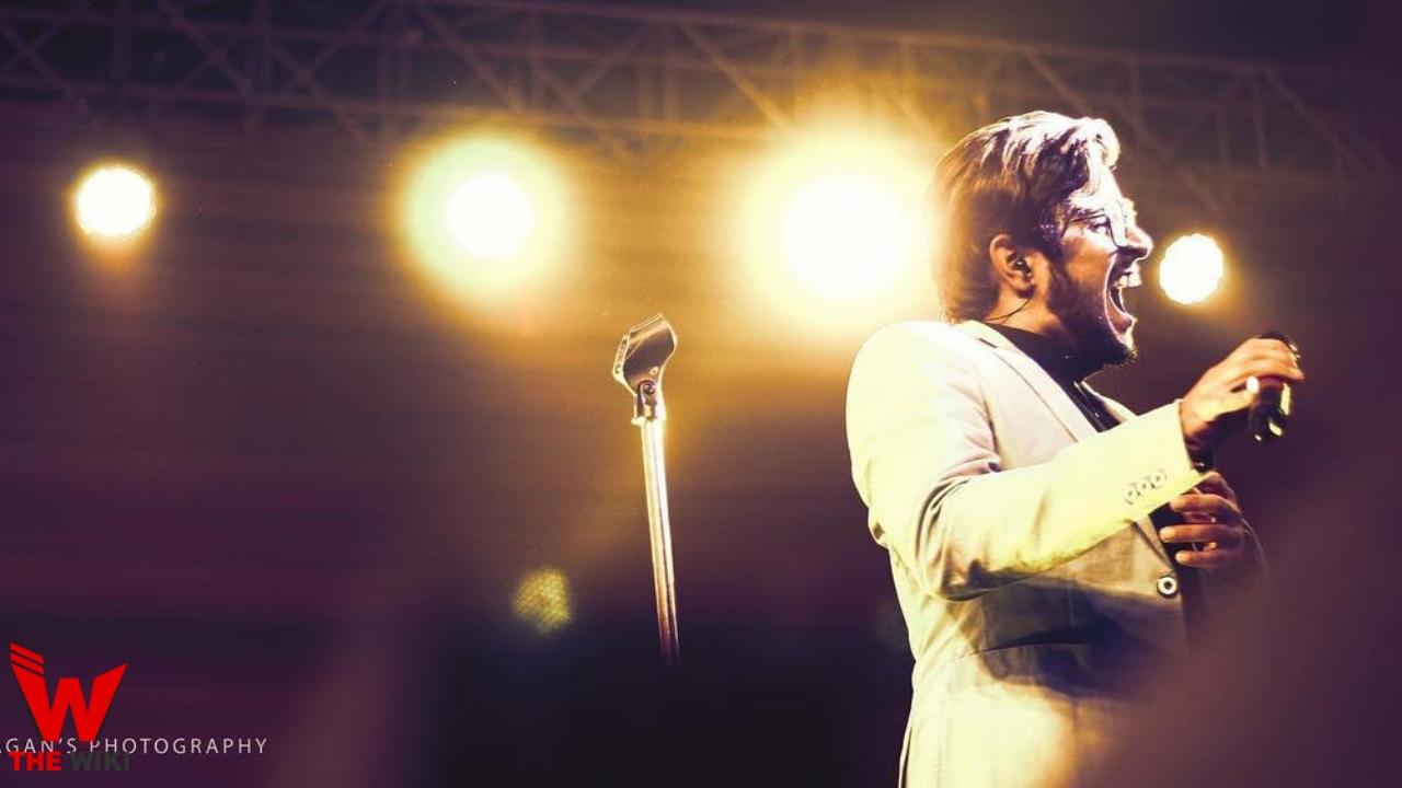 Madhur Dhir (Singer)