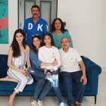 Bhavna Pandey with Father kewal Khosla, Mother Chitra Khosla, Husband Chanky Pandey and Two Daughters