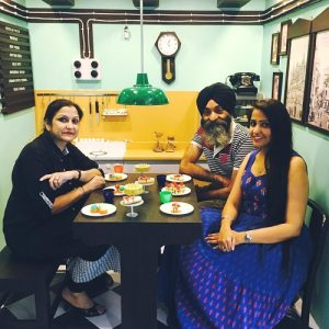 Asees Kaur (Singer) with father and mother