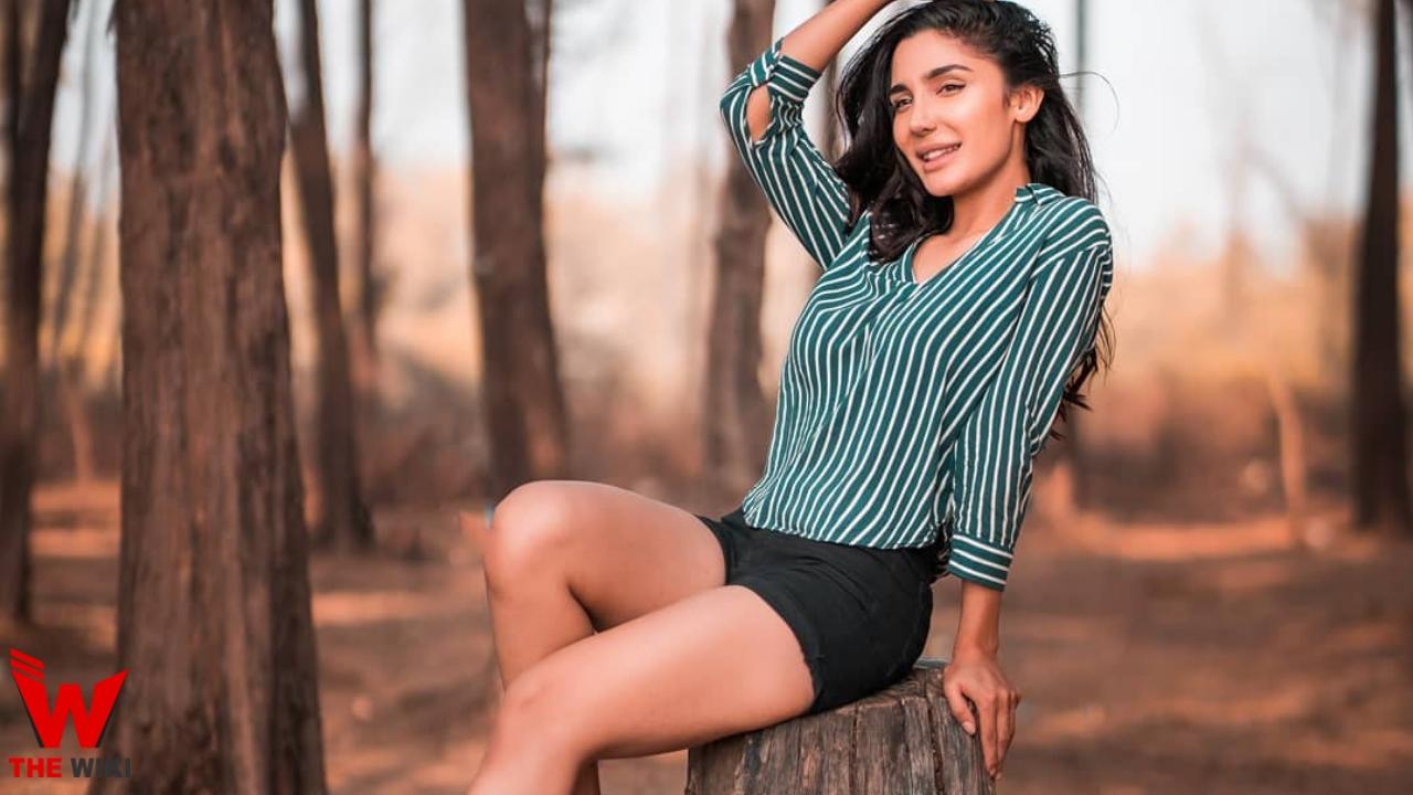 Swaalina (Model & Actress)