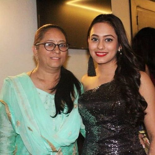 Krutika Desai (Actress)