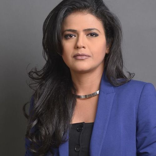 News anchor of Aaj Tak Channel (Shweta Singh)