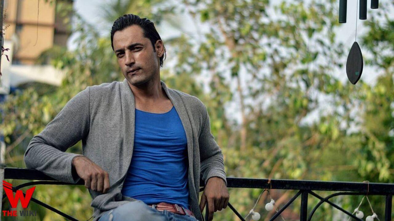 Raviz Thakur (Actor)