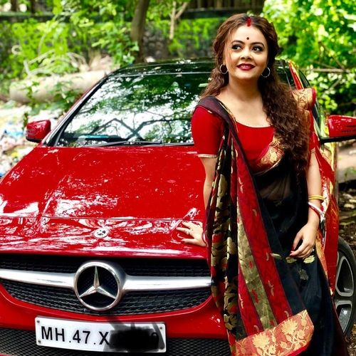 Devoleena with her Mercedes Car