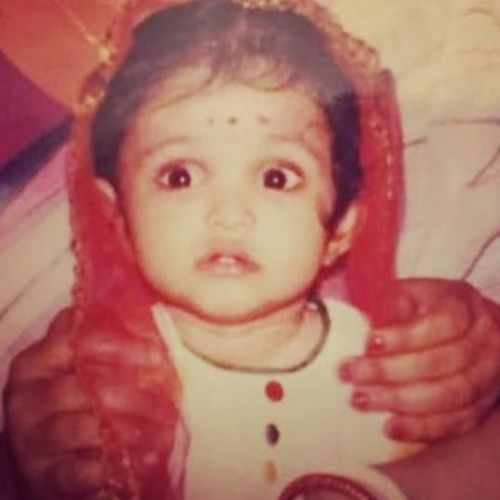 Priya Banerjee Childhood picture