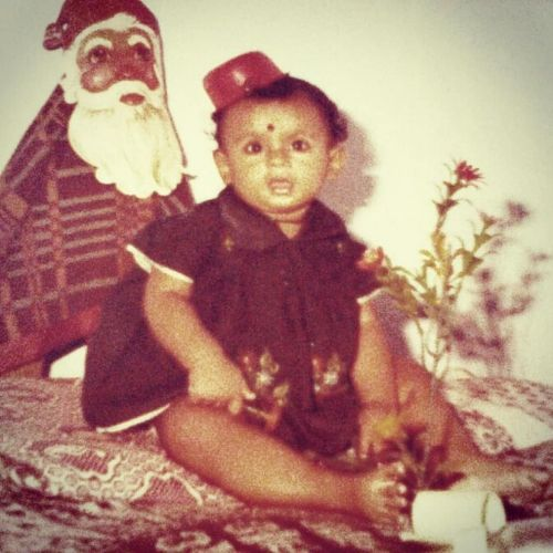Shruti Gholap Childhood Picture