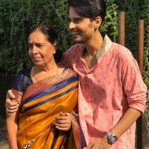 Kunal Pandit Mother