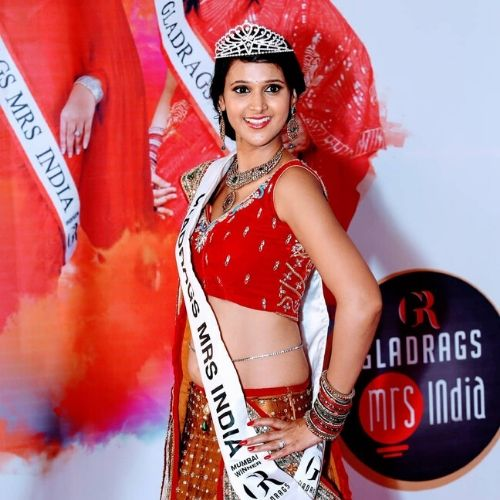 Astha Agarwal as Mrs India Mumbai 2014