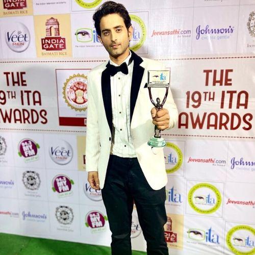 Mudit Nayar with ITA Award