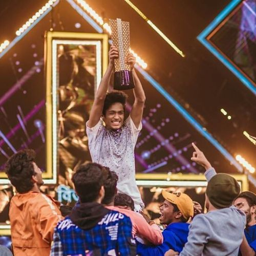Rupesh Bane With Dance Plus 5 Trophy