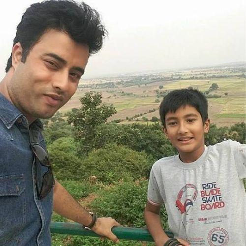 Aashcharya Vikas son