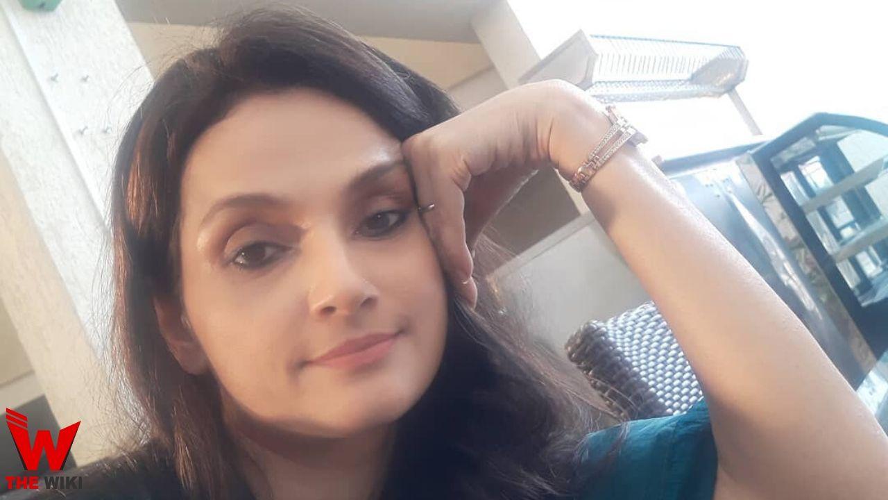 Rajeshwari Sachdev (Actress)