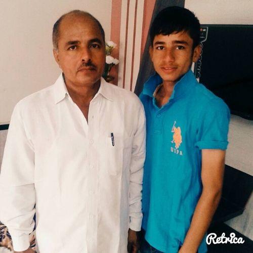 Ravi Bishnoi with Father