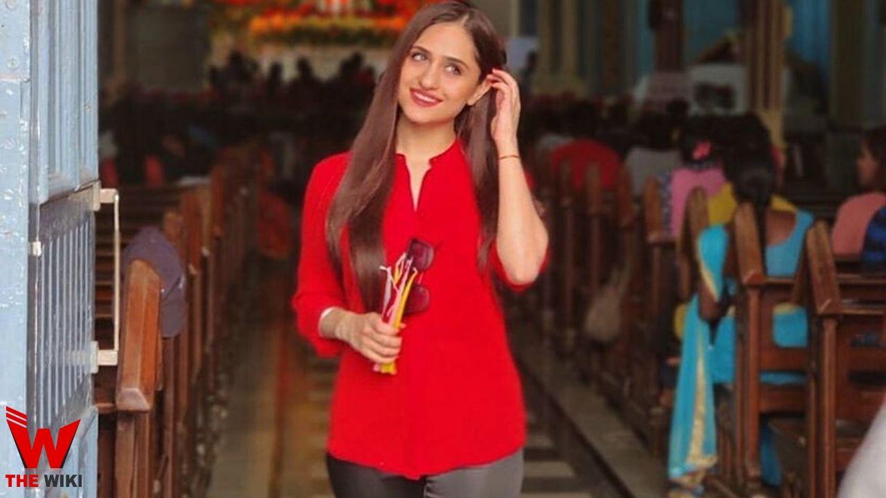 Hunar Hali (Actress)