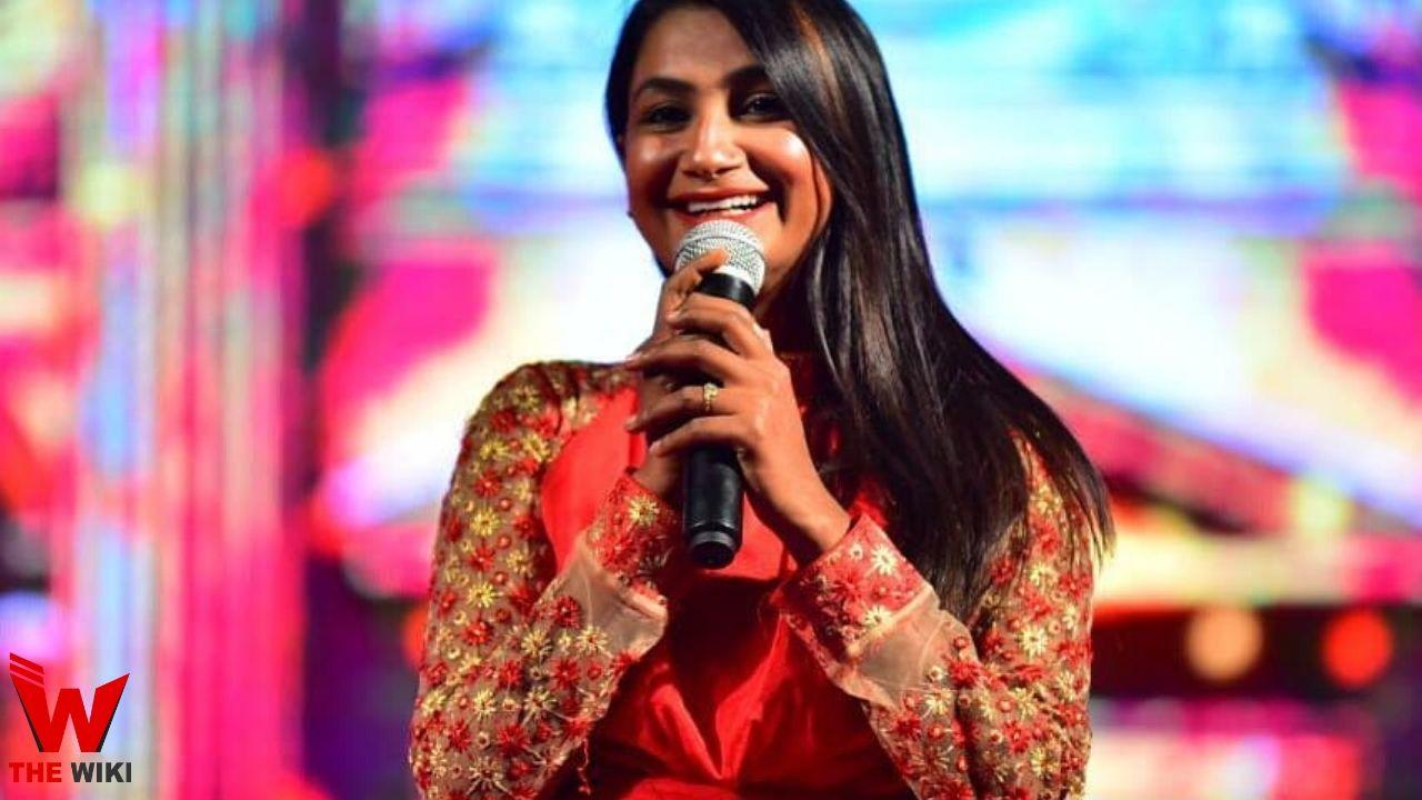 Renu Nagar (Singer)