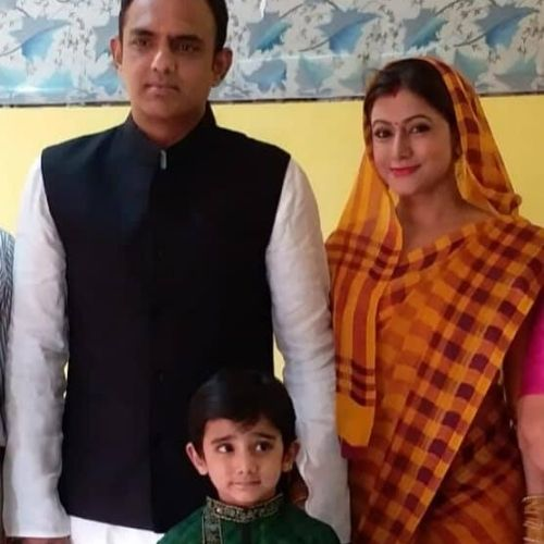 Seema Saxena Family
