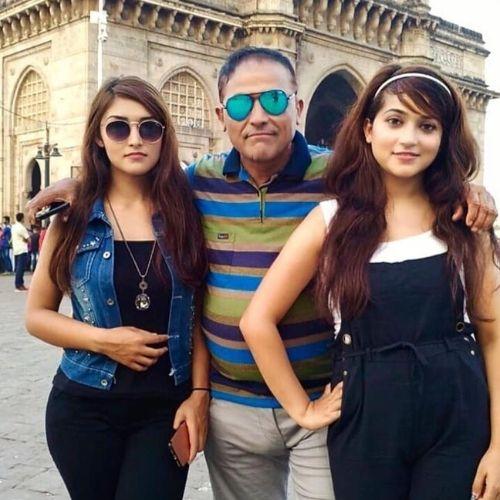 Joshna Mudvari Father and Sister
