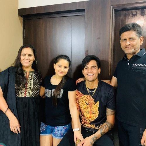 Rahul Chahar Family