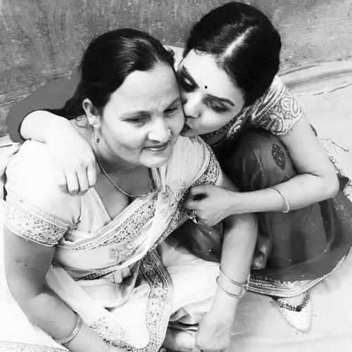 Aalya Singh with Mother