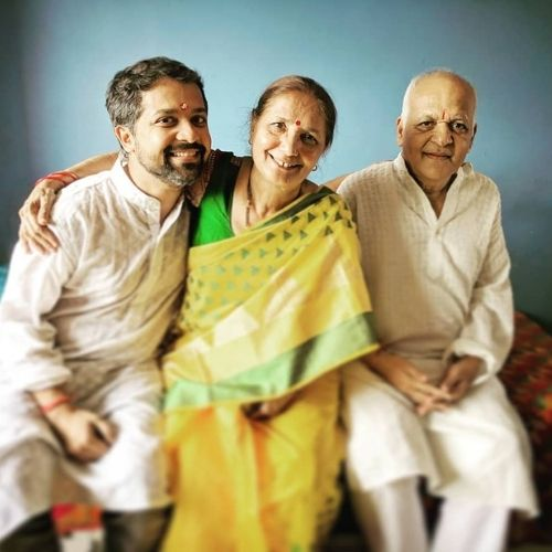 Anand Tiwari with Parents