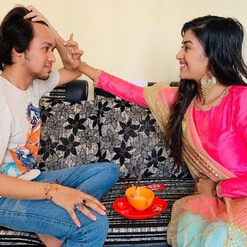 Manisha Saxena with Brother