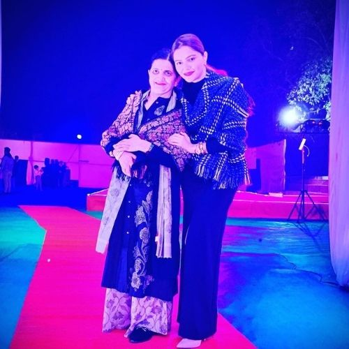 Rubina Dilaik with mother