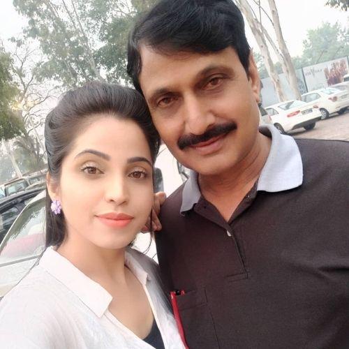 Anupama Solanki with Father