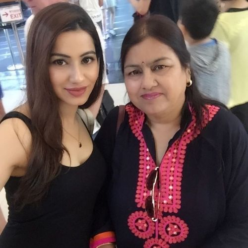 Hritiqa Chheber With Mother