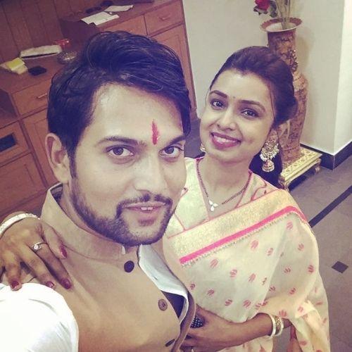 Mayuri Deshmukh with Husband