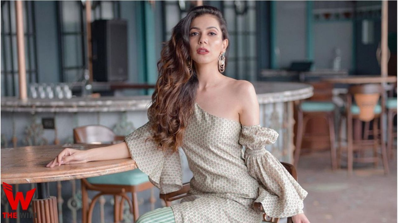Palak Purswani (Actress)