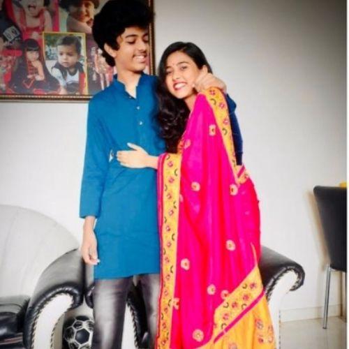 Aishani Yadav with Brother