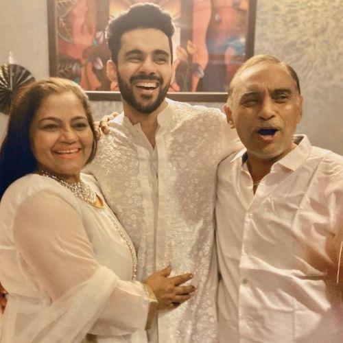 Abhishek Bajaj with His Parents