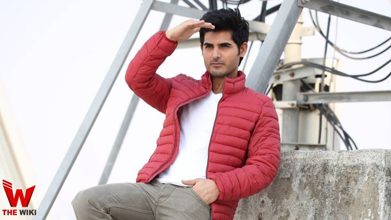 Omkar Kapoor (Actor)
