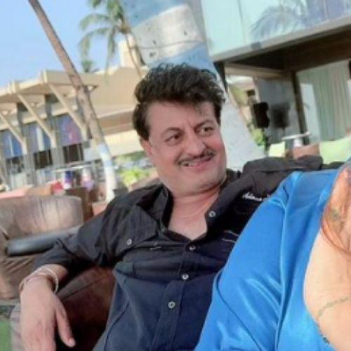 Mithila Purohit Father